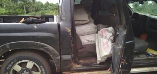 Uno de los vehículos transportadores de la droga.