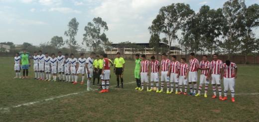 FOTO: Las selecciones de Concepción y Paraguay antes del inicio del encuentro
