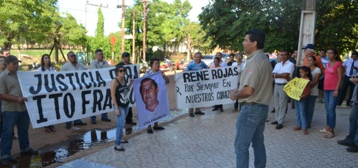 El fiscal estuvo en un juicio oral y no atendió a los manifestantes.
