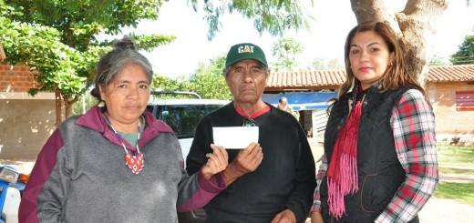 La entrega se realizó en la comunidad indigena/Foto Gentileza