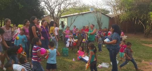 Momento de alegría de los niños.