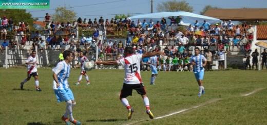 Adolfo aplantó con goles a Nanawa
