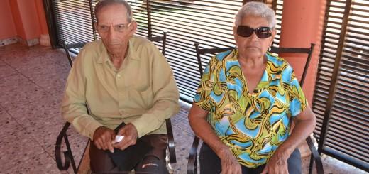 Necesidad. La señora Elena Ayala y su esposo dependen en gran parte de ese monto para los gastos de sobrevivencia.