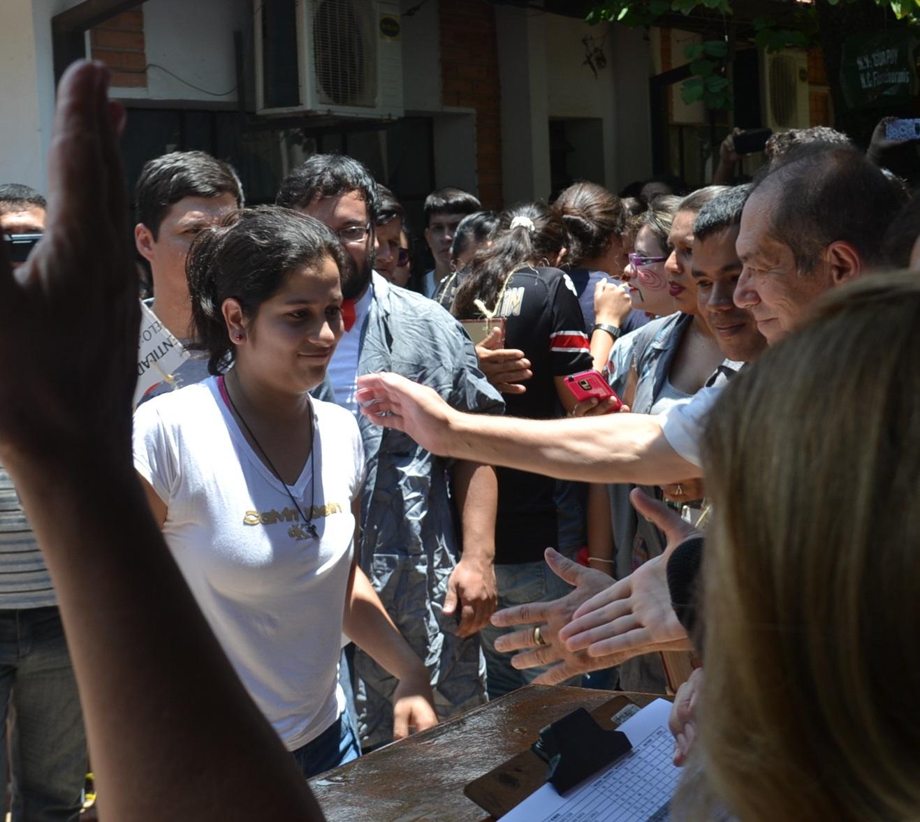 Resultado de imagen para Concepción: Jóvenes lista de ingresantes a Medicina
