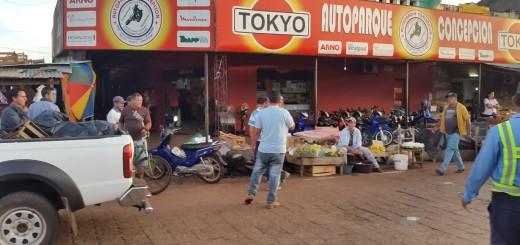 Los comerciantes reclaman porque pagan impuestos