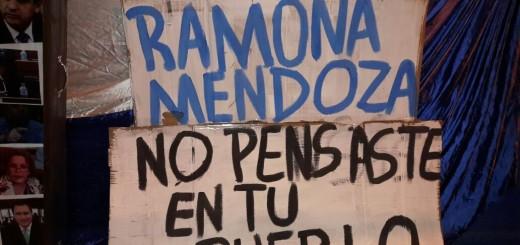 La diputada Ramona Mendoza fue una de las escrachadas