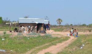 Pobreza. La comunidad Jakai está ubicada a 15 km de Concepción sobre la ruta V antigua, no tienen agua potable y las familias incluso pasan hambre.