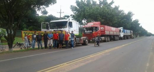 Camioneros de Horqueta- foto: Ana Color