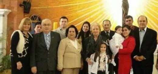 Miguel Oscar Bajac en un bautismo