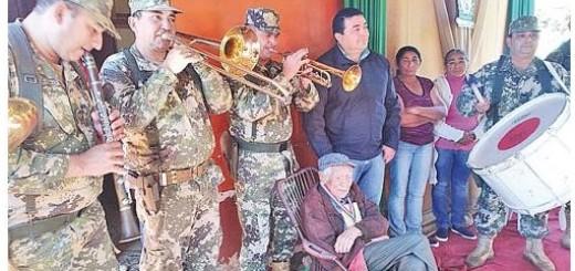 La Banda Músicos de la 4ª División de Infantería acompañó al veterano