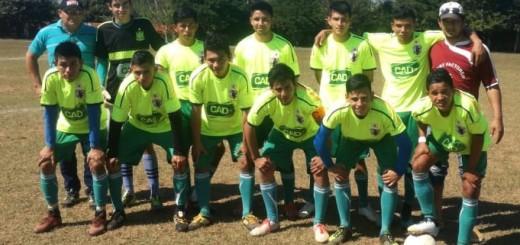 El Independiente juvenil pelea por un puesto en la liguilla final.