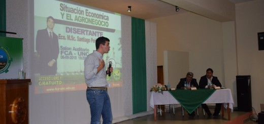 Santiago Peña visitó la Universidad Nacional de Concepción/ Foto Gentileza