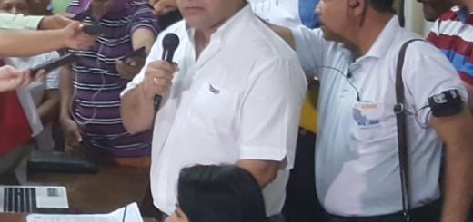 Alejandro Urbieta, intendente de Concepción, negó que haya ensañamiento contra el comunicador imputado y detenido por supuesto abuso sexual de niños.