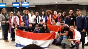 joven Paraguayo e Uruguay