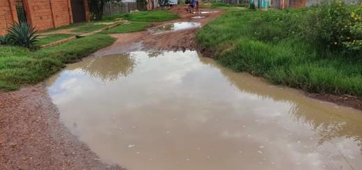 Esquina de Timbo y Manduvira, calle de una escuela