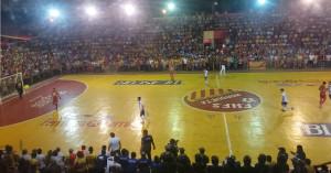 aficionados llenan el estadio