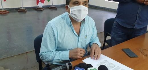 En una conferencia de prensa, el diputado Emilio Pavón explicó que realiza la querella contra el comunicador por las acusaciones que realizó en su contra a través de sus redes sociales y de los medios de comunicación.